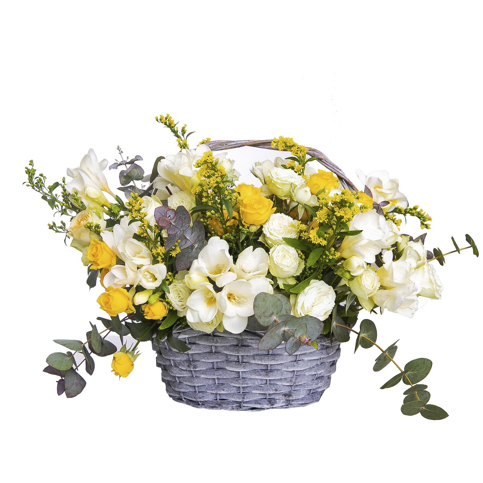 Ofera coșuri cu flori naturale