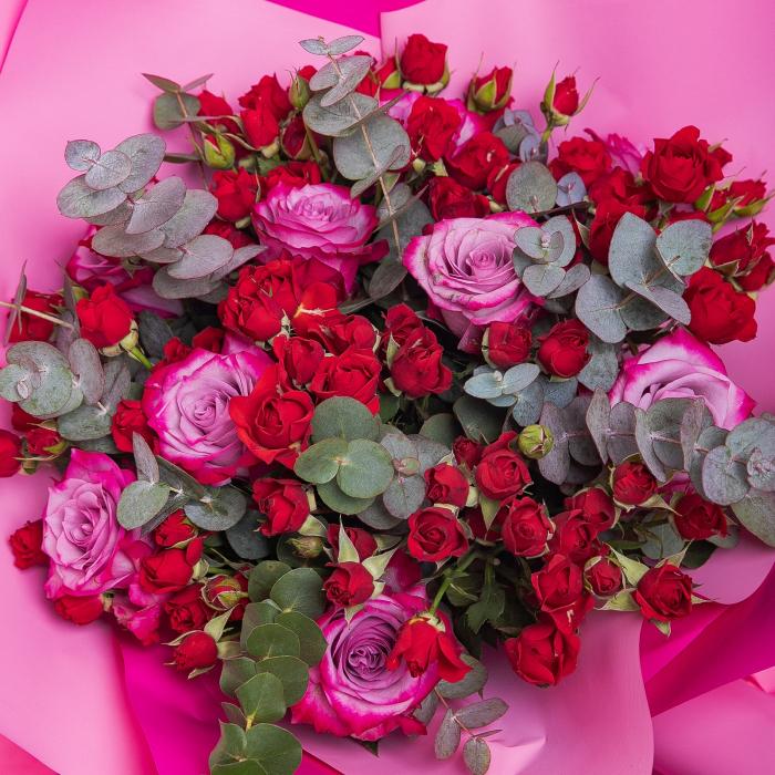 Buchet de flori minirosa si trandafiri [1]
