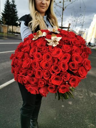 Buchet de flori 101 trandafiri rosii [0]