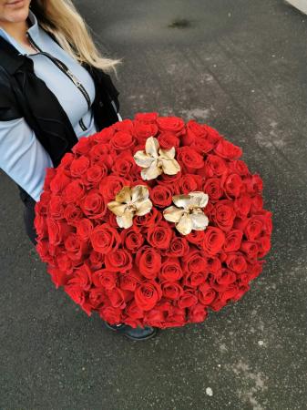 Buchet de flori 101 trandafiri rosii [1]