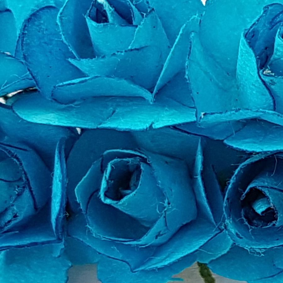 albastru - flori hartie