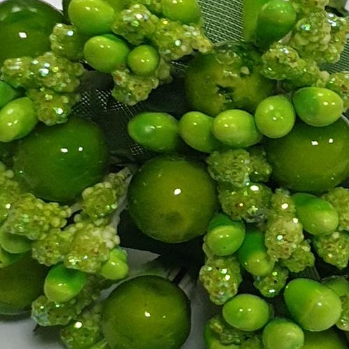 verde deschis - stamine bobite