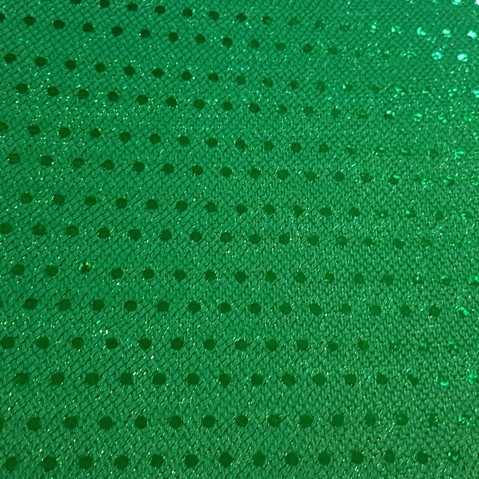 dot verde inchis