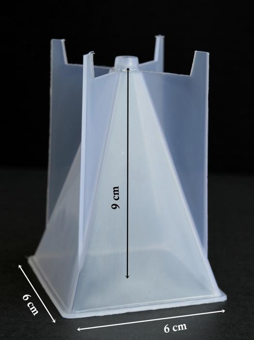 Forma pt. turnat lumanari 6x6x9 cm