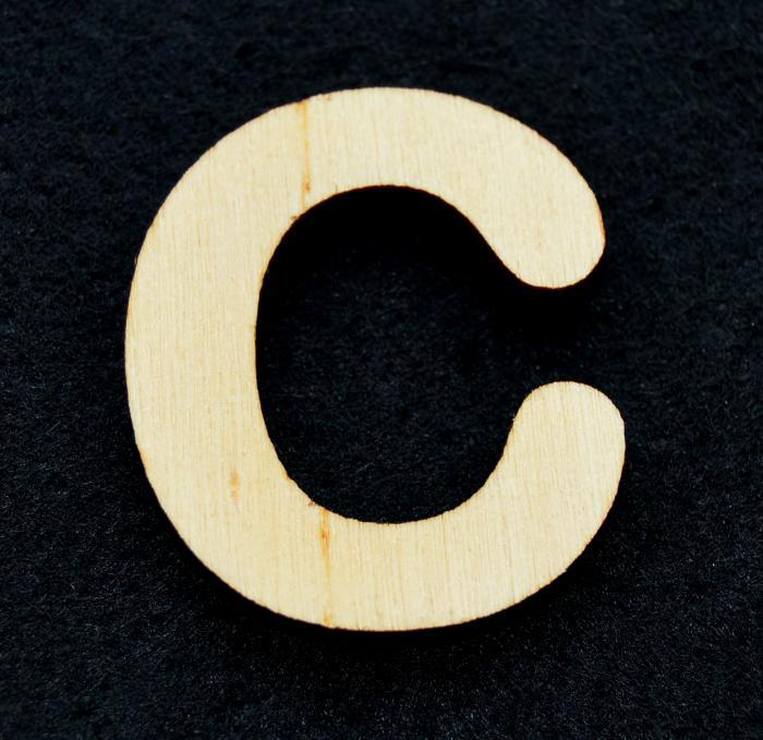 "Litera din lemn ""C"""