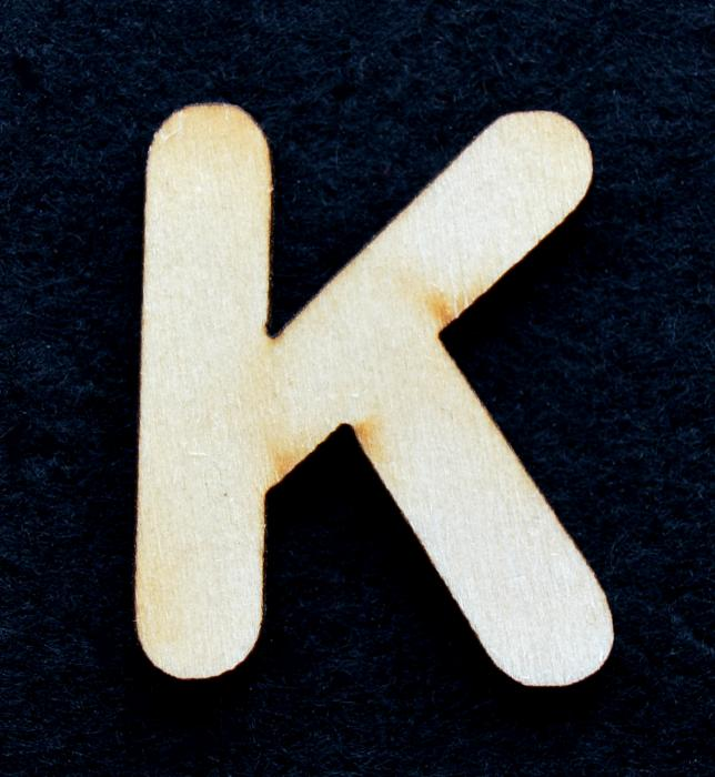 "Litera din lemn ""K"" 0"