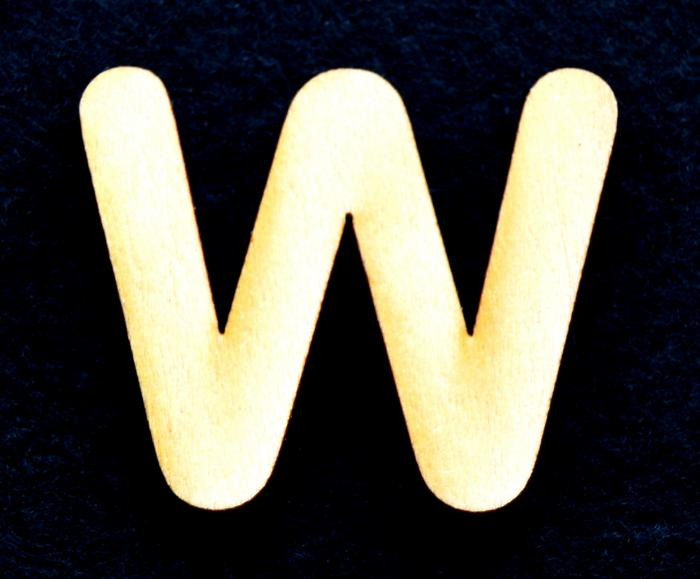 "Litera din lemn ""W"" - 3.2 x 3.9 x 0.2 cm 0"