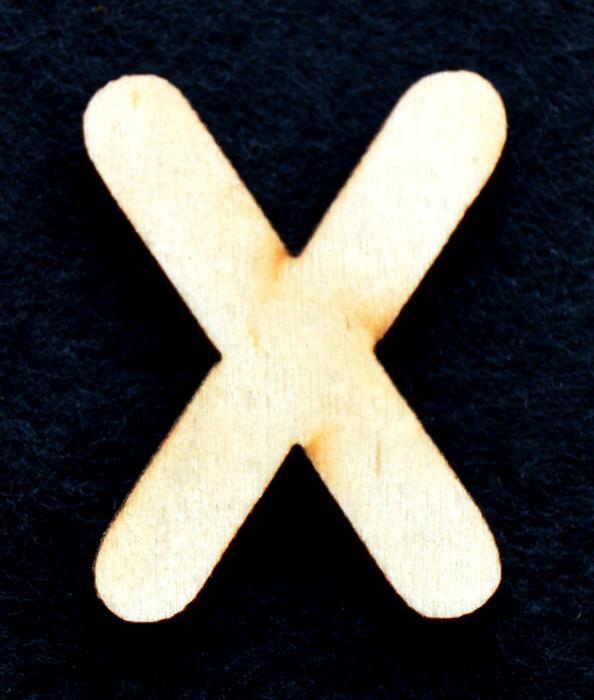 "Litera din lemn ""X"" - 3.2 x 2.5 x 0.2 cm"