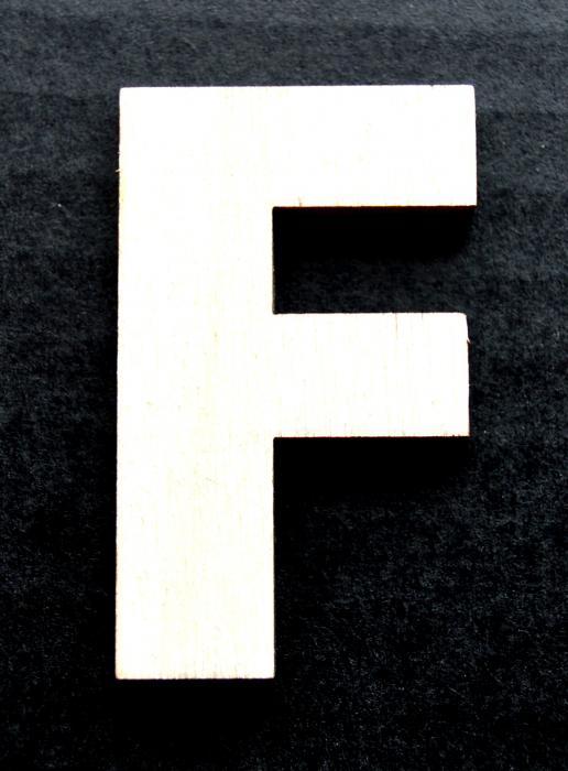"""Litera din lemn """"F"""" 0"""