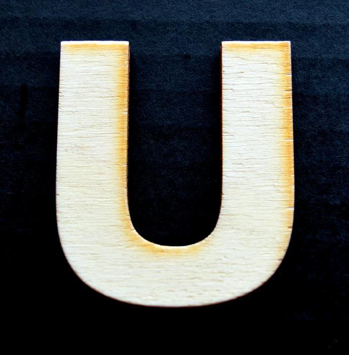 """Litera din lemn """"U"""" 0"""