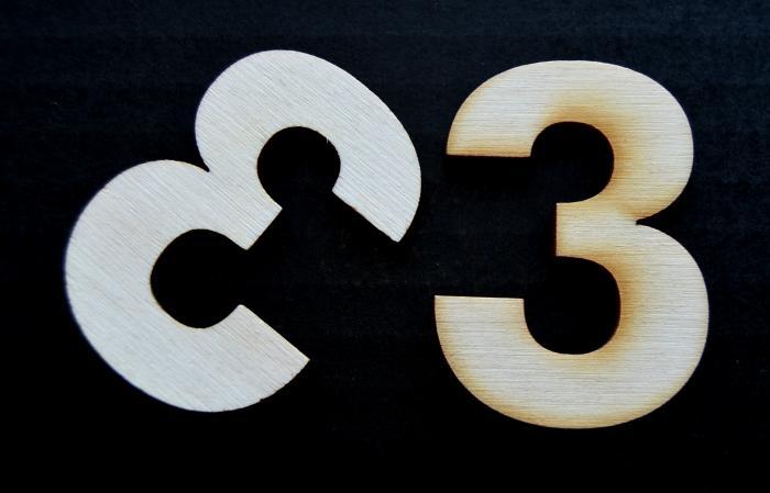 """Cifra din lemn """"3"""" 1"""