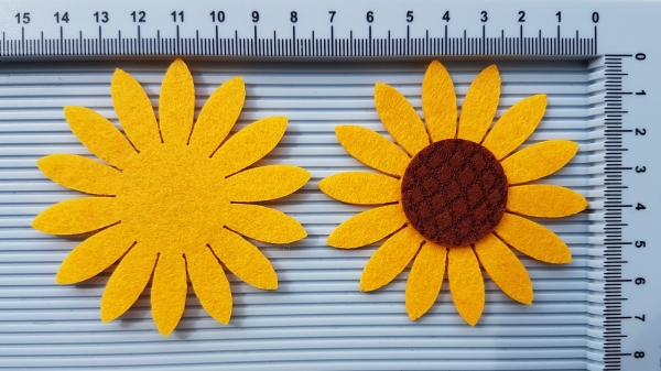 Figurina din fetru - floarea soarelui - portocaliu 0