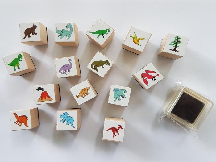 Stampile cu model dinozaur 0