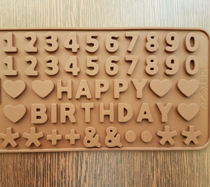 Mulaj din silicon Happy Birthday 0