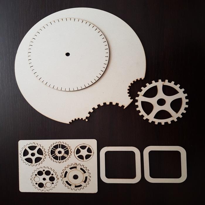 Cadran ceas din lemn cu rotite 0