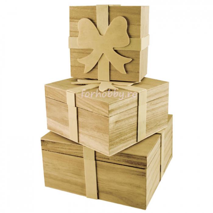 cutii-lemn-tip-cadou-cu-fundita-pentart 0