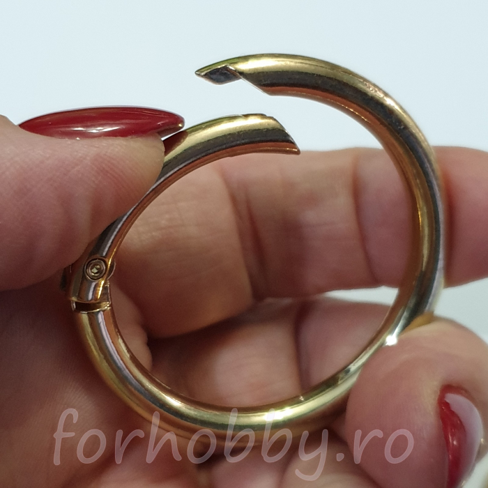 inel-rotund-carabina-auriu 1