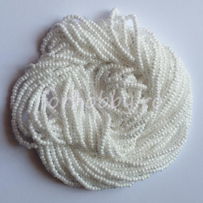 margele-nisip-preciosa-ornela-11-0-46102-alb-sidefat 0