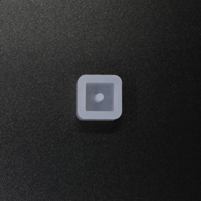 matrita-silicon-pentru-rasina-set-5-margele-patrate 0