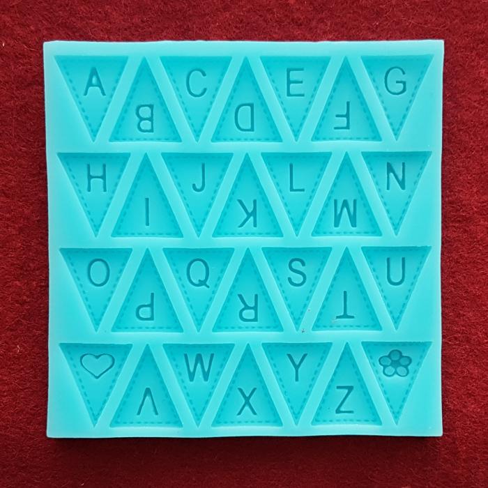Mulaj din silicon - Stegulete alfabet 0