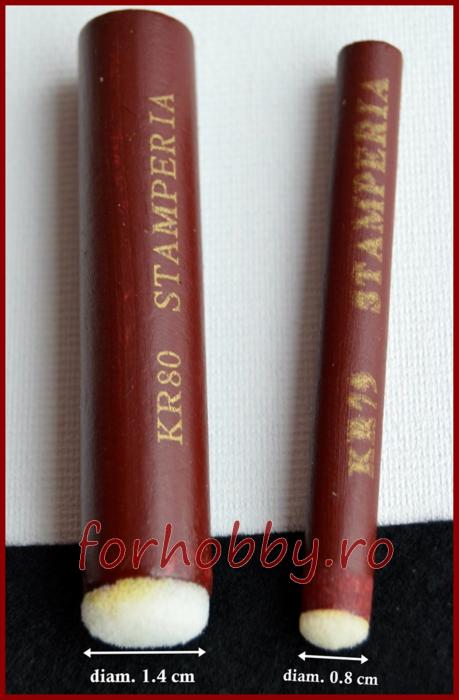 pensula-burete-maner-lemn-rotund-mic-1,4cm-Stamperia 1