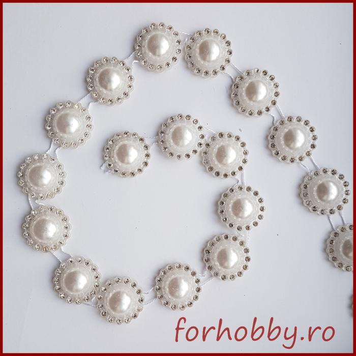 Perle albe jumatati 0
