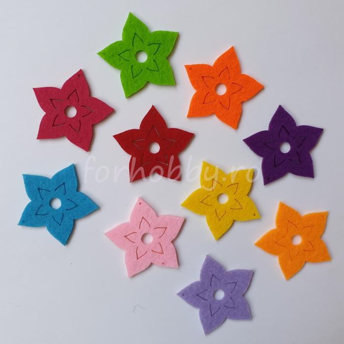 set-figurine-din-fetru-flori-mici-pentart 0