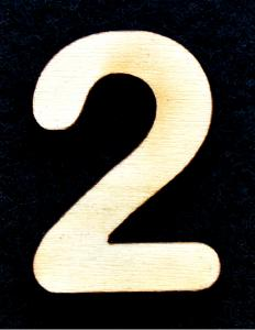 "Cifra din lemn ""2"" - 3.2 x 2.2 x 0.2 cm"