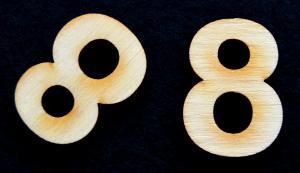 "Cifra din lemn ""8"" - 3.2 x 2.2 x 0.2 cm1"