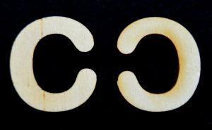 "Litera din lemn ""C"" - 3.2 x 2.8 x 0.2 cm"
