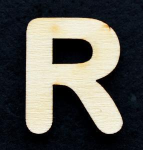 "Litera din lemn ""R"" - 3.2 x 2.6 x 0.2 cm0"