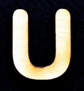 """Litera din lemn """"U"""" - 3.2 x 2.7 x 0.2 cm"""