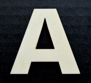 "Litera din lemn ""A"" - 4.5 x 4.6 x 0.4 cm0"