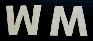 "Litera din lemn ""W"" - 4.5 x 5.4 x 0.4 cm1"