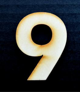 "Cifra din lemn ""6"" sau ""9"" - 4.5 x 3.1 x 0.4 cm1"