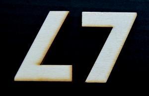 "Cifra din lemn ""7"" - 4.5 x 3.4 x 0.4 cm0"