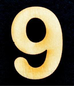 "Cifra din lemn ""6"" sau ""9"" - 3.2 x 2.2 x 0.2 cm"