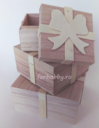 Cutii lemn tip cadou cu fundiță - Diverse mărimi1
