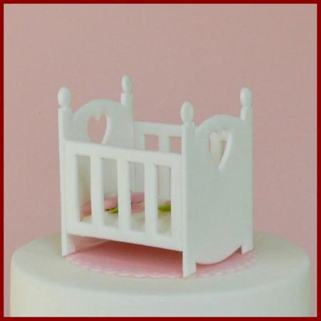 Decupator simplu - Patut bebe2