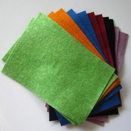 Fetru natural din lână moale 1 - 2 mm grosime / 20 x 30 cm - Diverse culori0