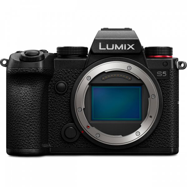 Camera foto mirrorless PANASONIC LUMIX S DC-S5K Kit cu Lumix S 20-60mm f/3.5-5.6 4