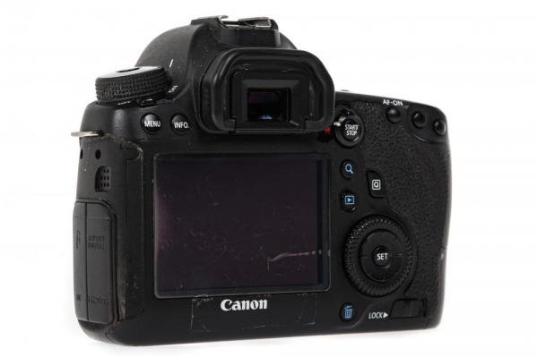 Canon 6D body - (Second Hand) 2
