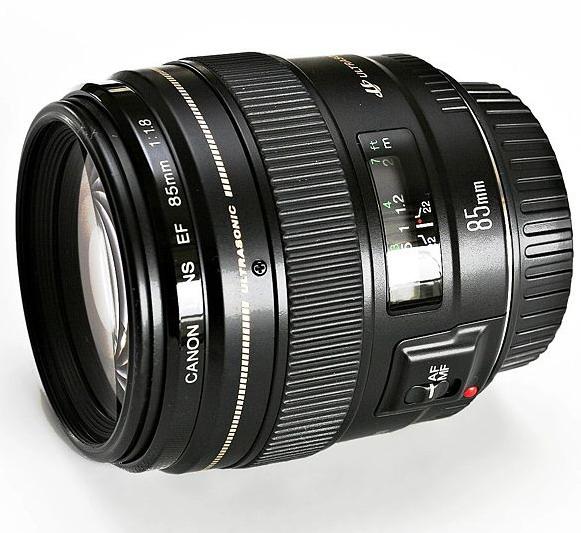 Canon EF 85mm f/1.8 USM 3