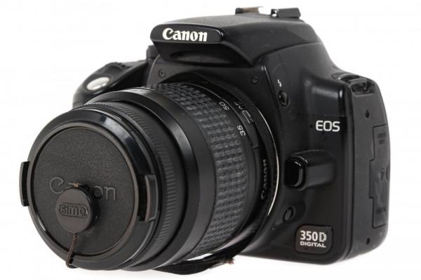 Canon EOS 350D + obiectiv Canon EF 35-80mm f/4-5.6  (S.H.) 1