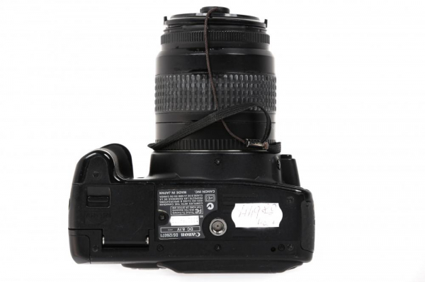 Canon EOS 350D + obiectiv Canon EF 35-80mm f/4-5.6  (S.H.) 5