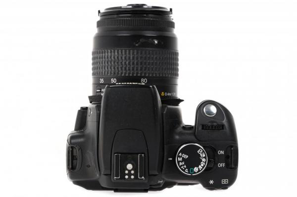Canon EOS 350D + obiectiv Canon EF 35-80mm f/4-5.6  (S.H.) 4