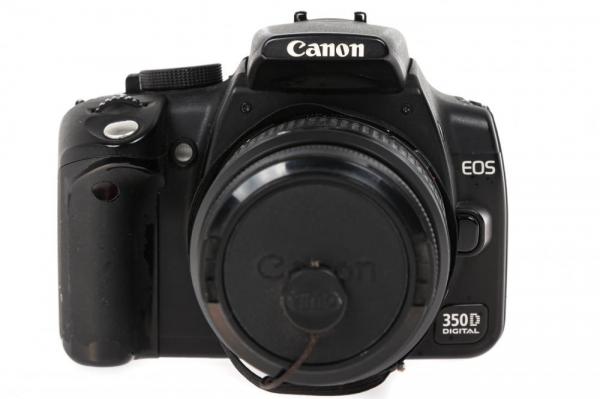 Canon EOS 350D + obiectiv Canon EF 35-80mm f/4-5.6  (S.H.) 0