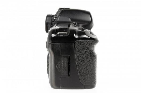 Canon EOS 5D - Aparat foto DSLR- Second Hand 4