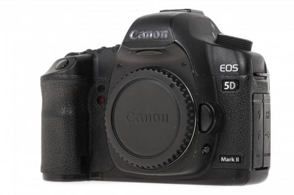 Canon EOS 5D Mark II Body (Second Hand) 1