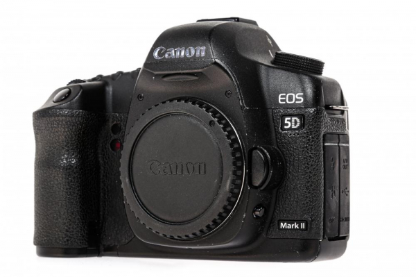 Canon EOS 5D Mark II Body (Second Hand) 1